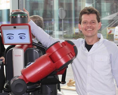 Pilot met robots