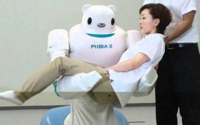 Robots-in-de-zorg-tillen