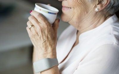 Zembro bracelet, wearable voor ouderen
