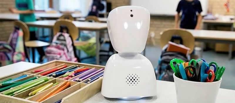 AV1, robotmaatje om betrokken te blijven