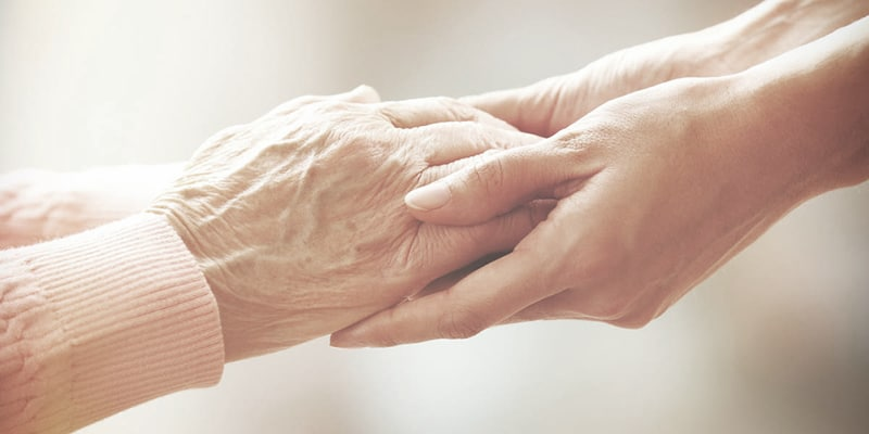 Aantal mantelzorgers halveert in 2040 door vergrijzing