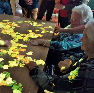Tovertafel voor mensen met dementie
