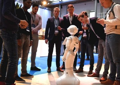 Innovatie dag zorg kennismaken met robots